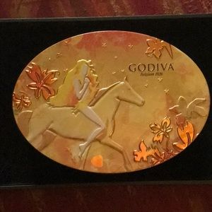 Vintage Godiva Limited Edition Candy Tin